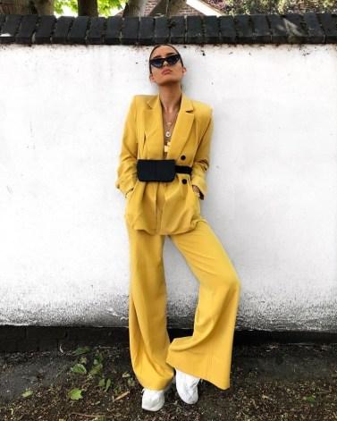 geel pak