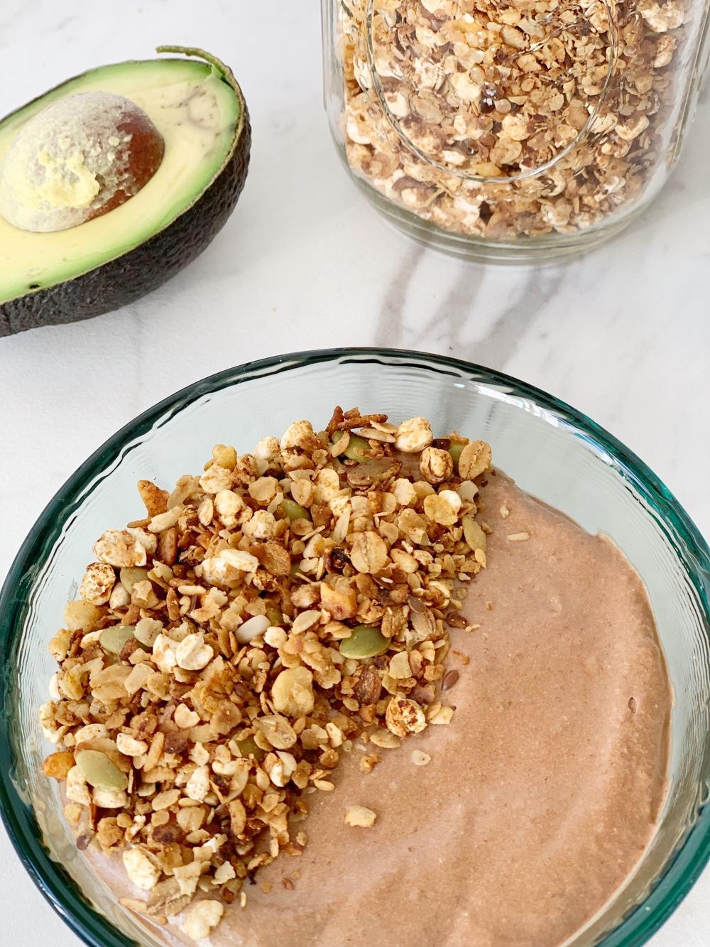 chocoladesmoothie (suikervrij) met avocado en banaan
