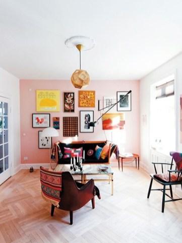 gallery wall inspiratie (roze muur)
