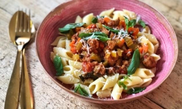 Toscaanse pasta met worst en tomaat