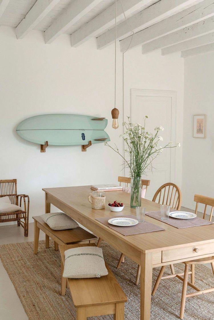 moderne houten eettafel
