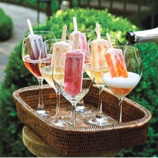 champagne met waterijs