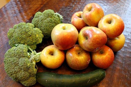 broccoli fiji apples cucumber