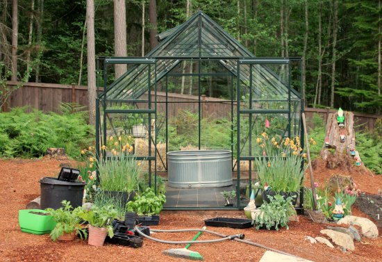 greenhouse gardening magnum 10 x 14