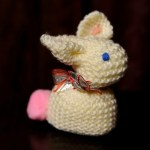 Easy Easter Craft: Knitted Bunnies