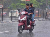 Weather forecast: Intermittent rains in offing for TN, Kerala as Monsoon to arrive late 6