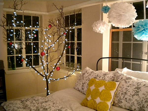 Christmas Lights in Bedroom-04-1 Kindesign