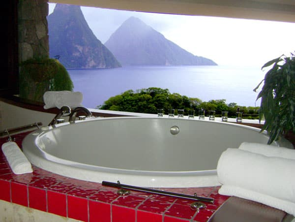 10 Most Incredible Bathrooms With Breathtaking Views