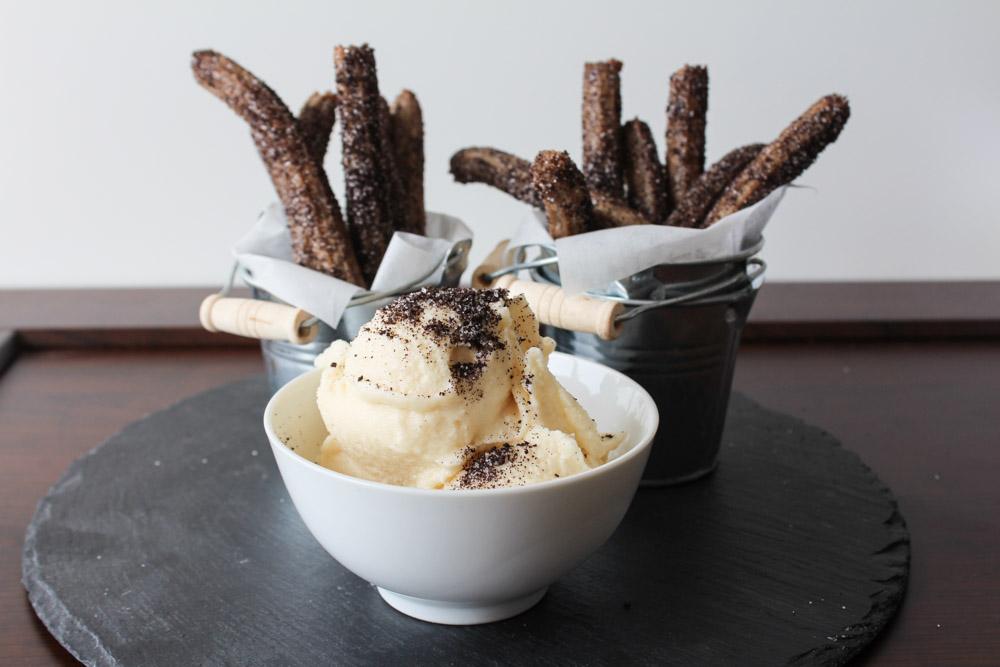Oreo Churros And Cookie Cream Gelato
