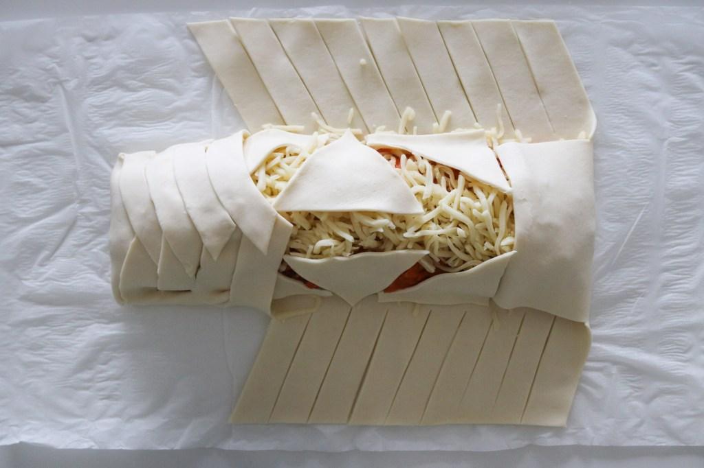Butterdejsstang med pizzafyld