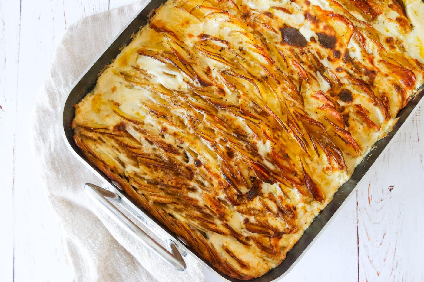 Verdens Bedste Flødekartofler Med Pikantost – Opskrift På Flødekartofler