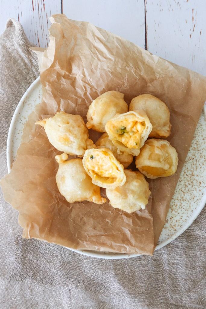 Chili Cheese Tops - Hjemmelavede Ostekugler Med Cheddar