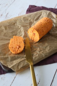 Hjemmelavet Kryddersmør Med Semitørrede Tomater Og Hvidløg