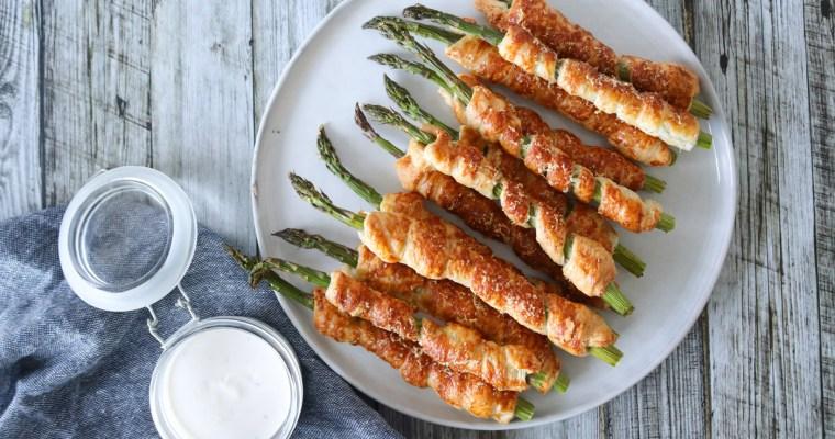 Aspargesstænger – Sprøde Asparges Med Butterdej Og Parmesan