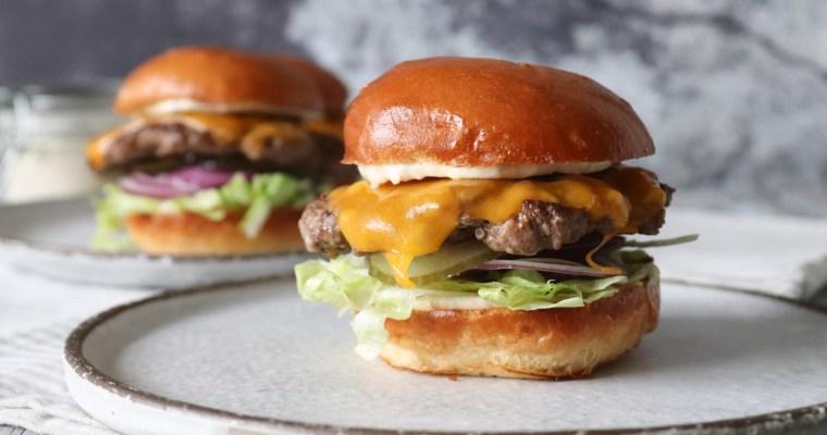 Cheeseburger Med Baconmayo