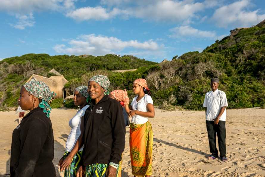 Machangulo Beach Lodge staff welcoming guest