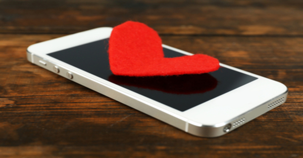 cuore su telefonino