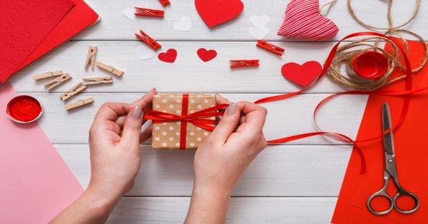 pacchetto regalo san valentino