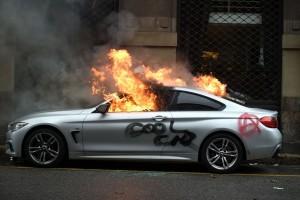 BMW che brucia