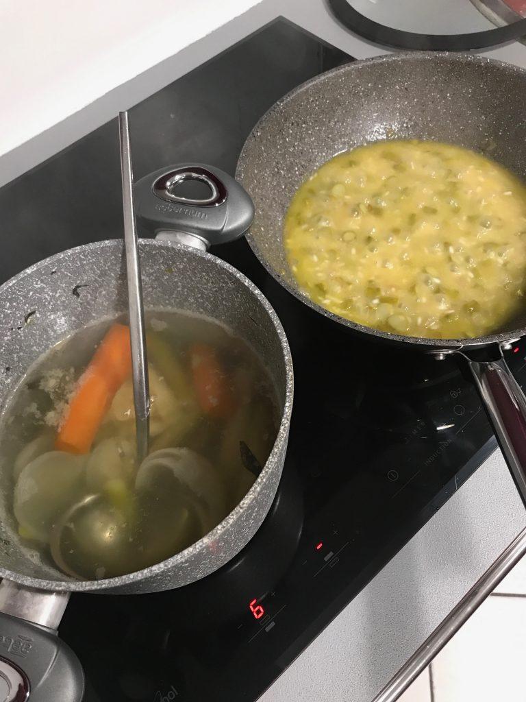 Brodo di asparagi e altre verdure