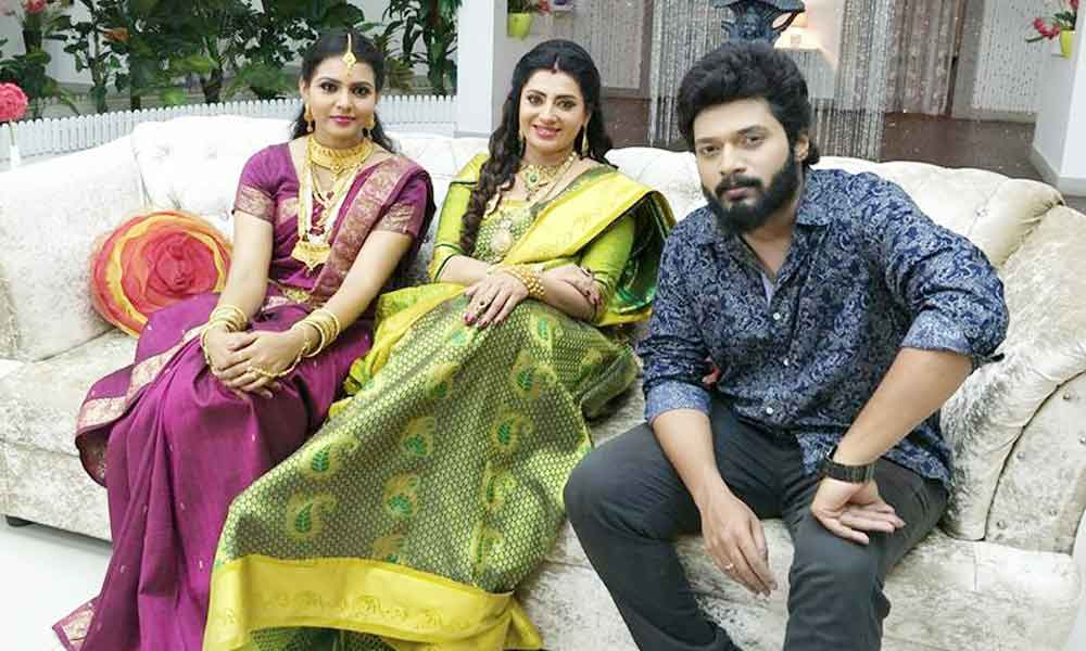 Sembaruthi Serial star cast, Photos, and Videos - Zee Tamil