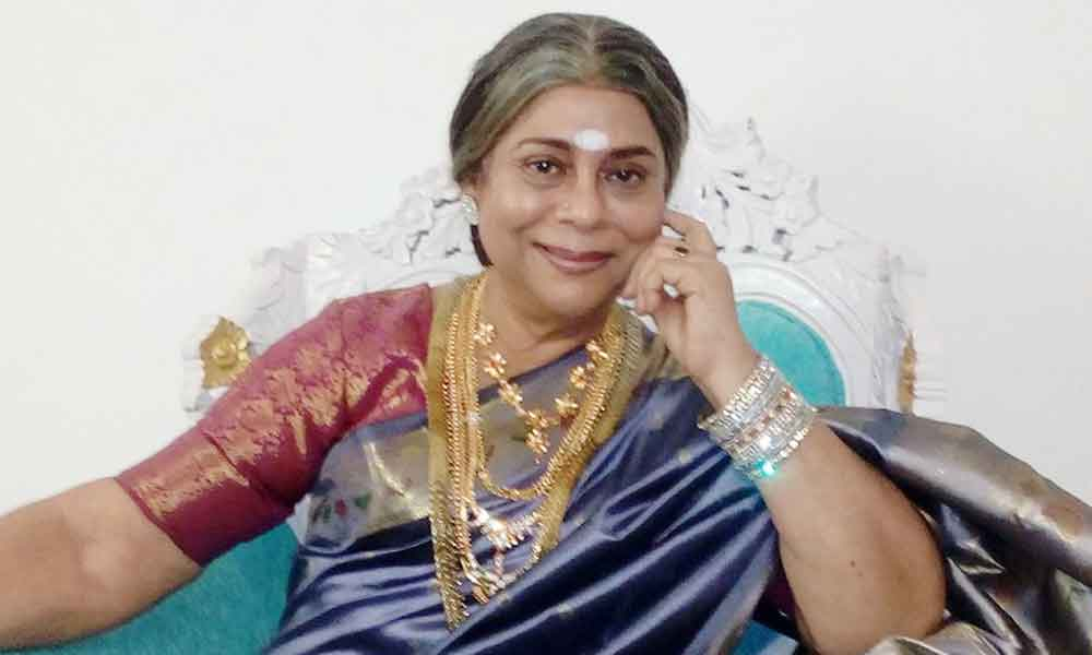 Kousalya Senthamarai (Actress) Profile with Age, Bio, Photos and Videos