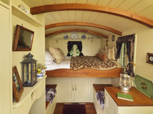 2 Bedroom Stylish Gypsy Caravan in England Suffolk Nr