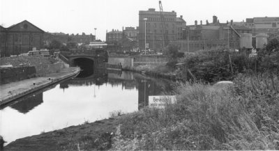 Broad Street Basin (from the Wolverhampton History Website)