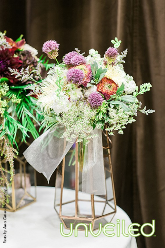 mixed florals brides bouquet