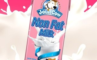 Jolly Cow Non Fat Milk