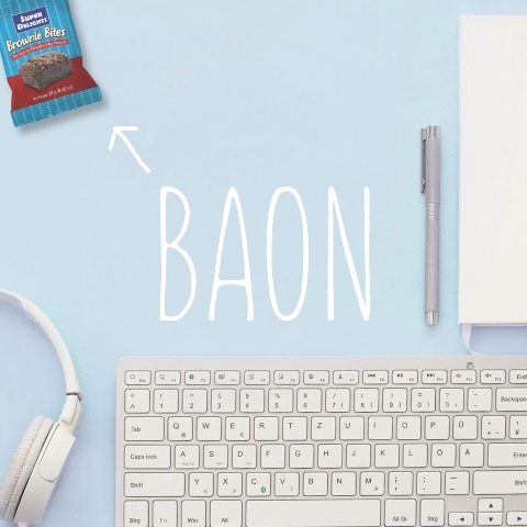 5 budget-friendly snacks to stash at your desk