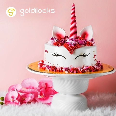 Goldilocks Valentine's Day Unicorn Cake