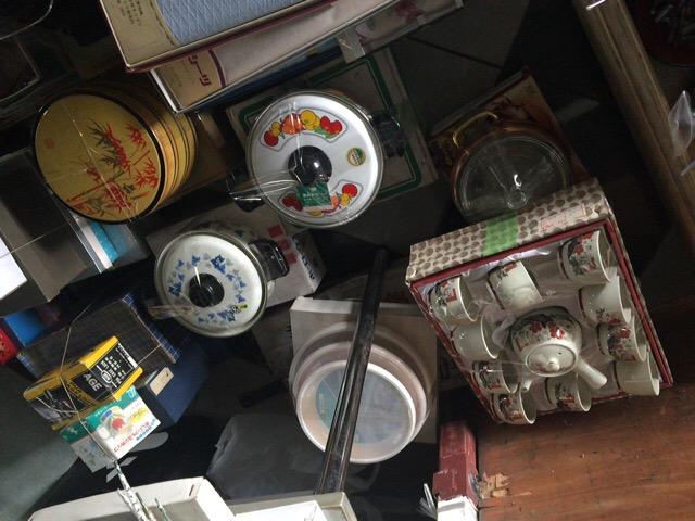 日本の鍋、食器