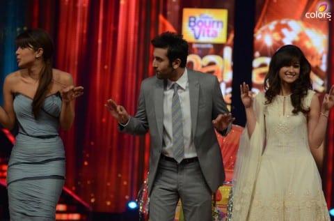 Ranbir-Priyanka-Ileana-dCruz-on-Jhalak-for-Barfi-promotions-3-480x317