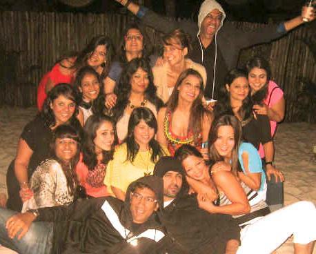 Bipasha Basu Celebrates her Birthday in Goa with Harman Baweja