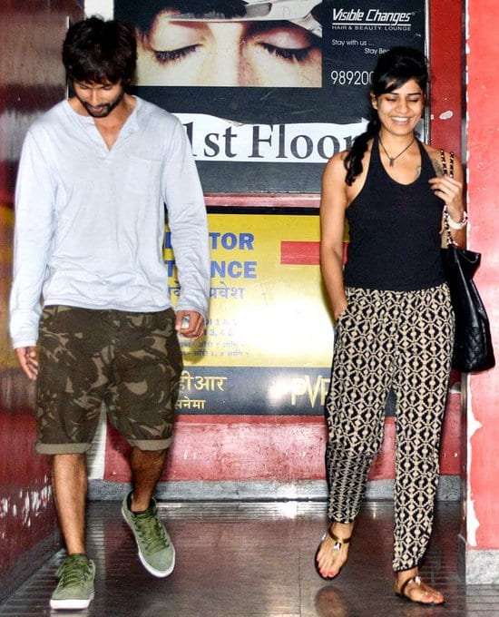 Shahid Kapoor Spotted with a Friend at a Multiplex