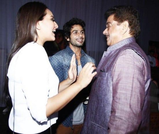 Ranveer Singh, Sonakshi Sinha, Shahid Kapoor and Zayed Khan at the Success Party of Lootera