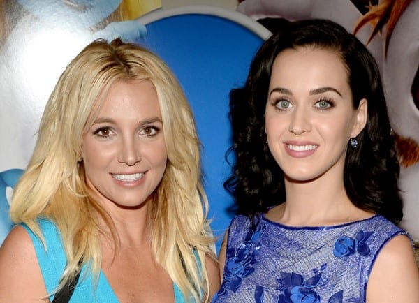 Katy Perry makes fun of Britney Spears at the Grammy Awards 2016