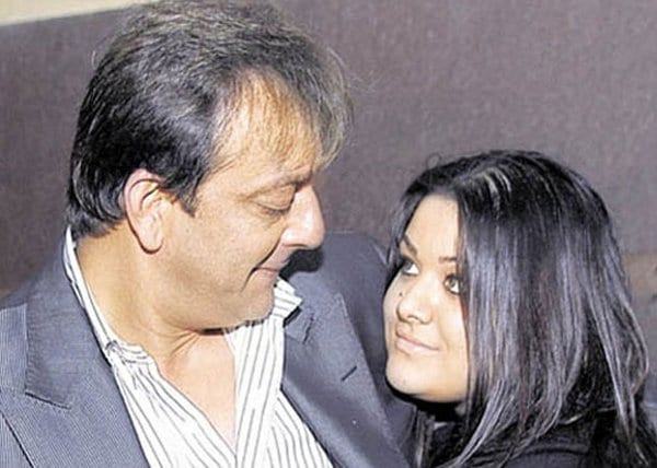 Sanjay Dutt says he would break his daughter's legs if she becomes an actress