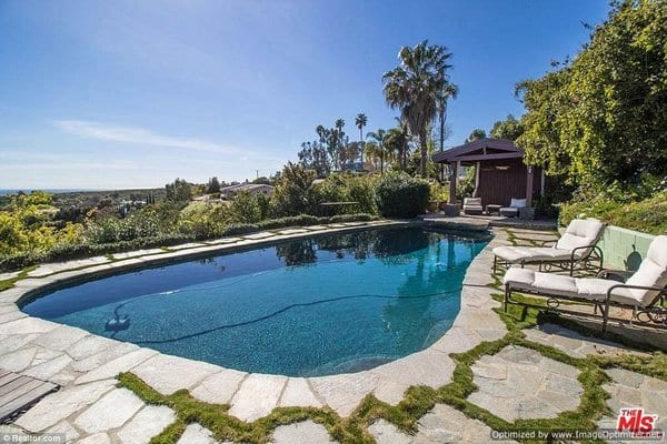 Celebrity Homes- Robert Downey Jr and his Malibu Mansion