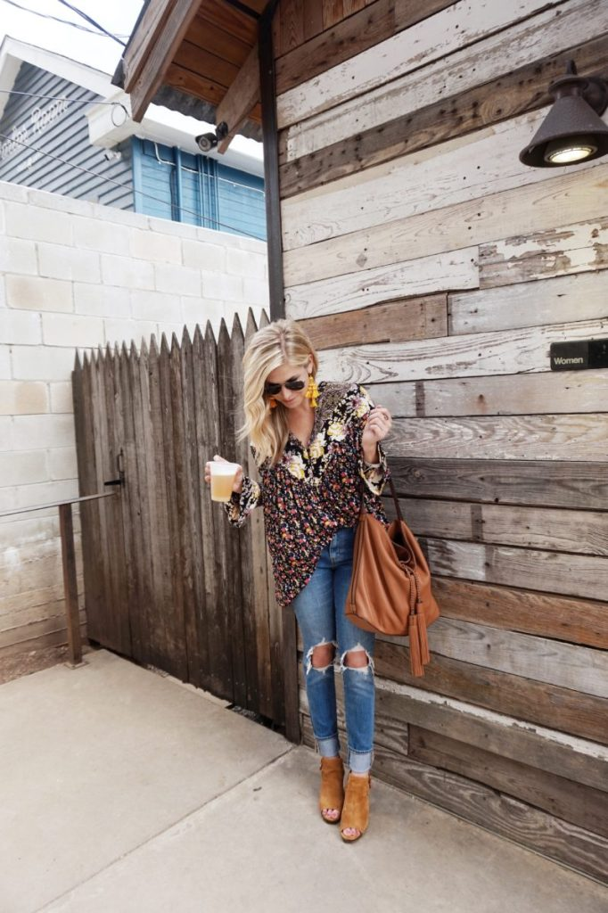 sxsw frye days, free people tunic, floral tunic with jeans, frye boots