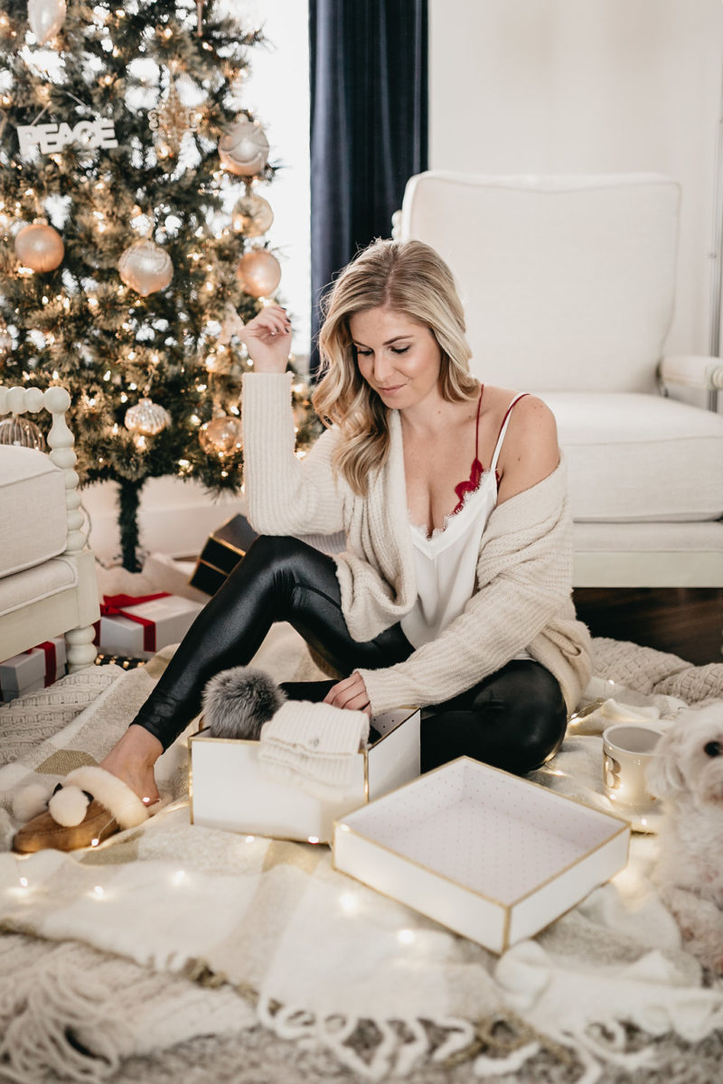 holiday decor, home decor, holiday gifts, gift guide 2017