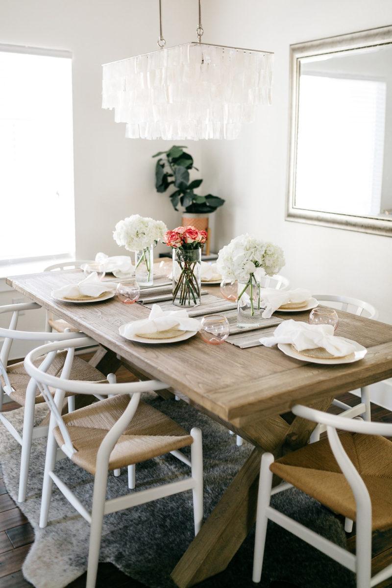 chic home decor, elegant home decor, dallas homes, lower greenville townhome, table setting inspo