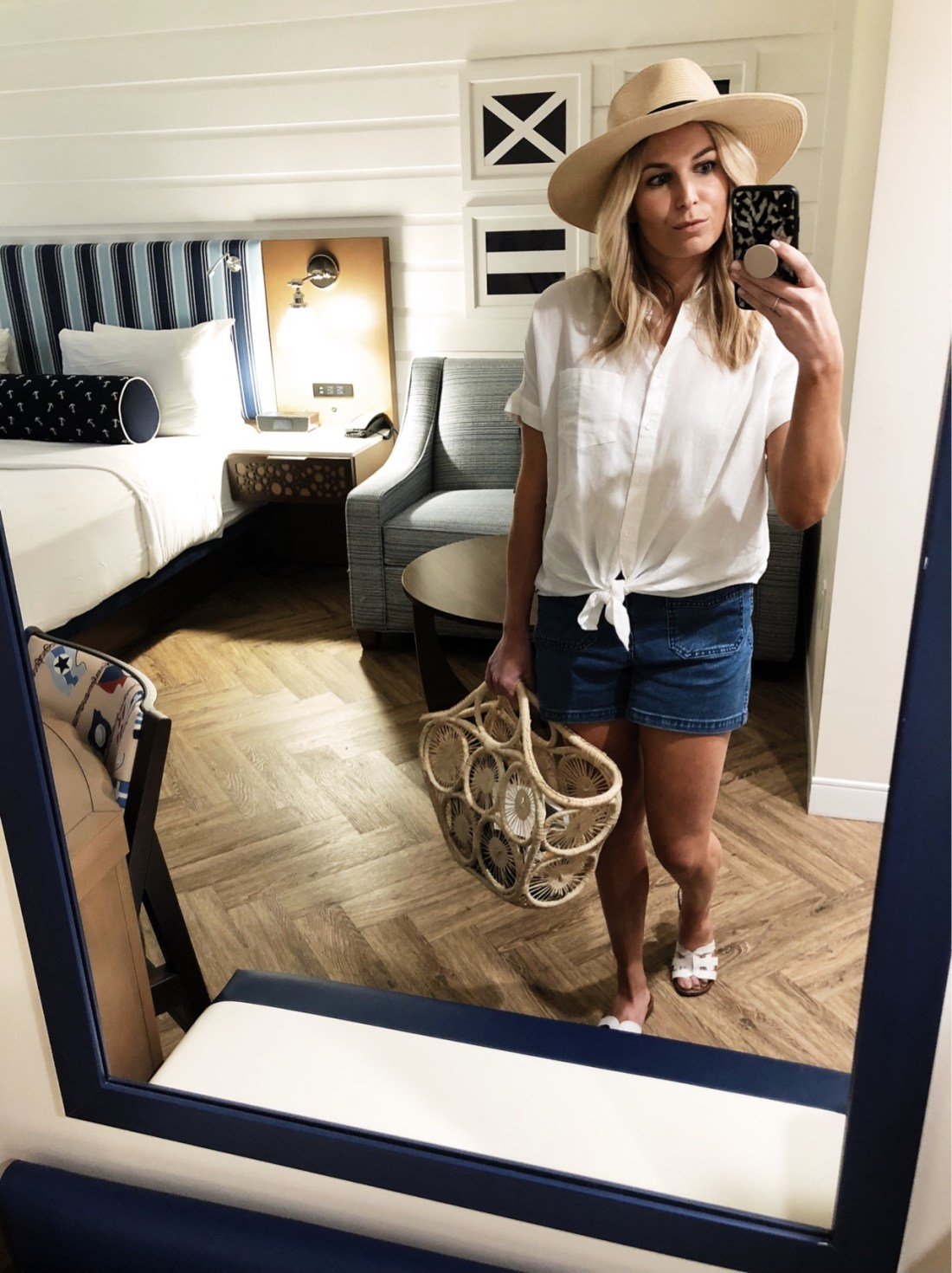 casual Palm Beach vacation outfit