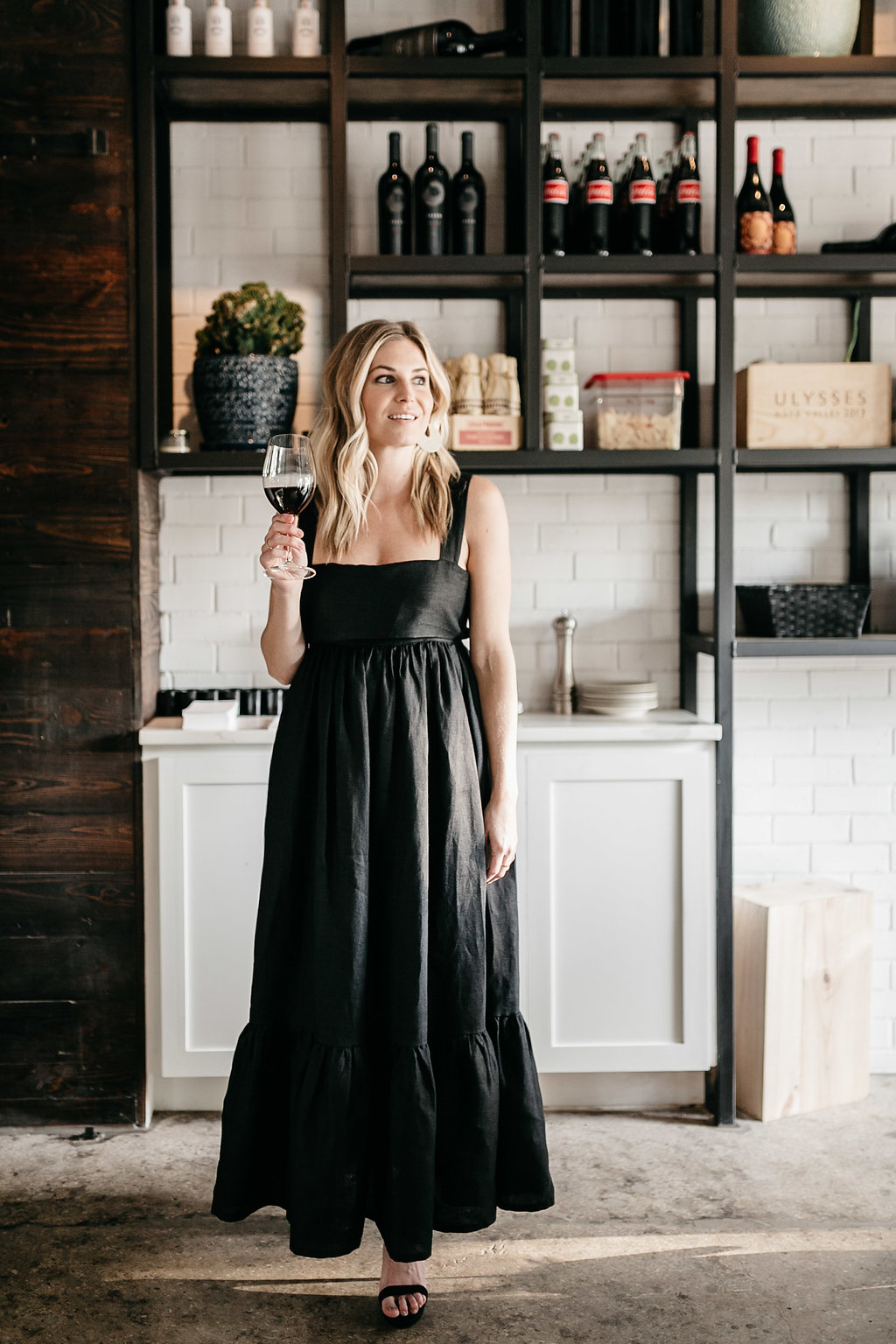 Black dress plus a list of the best restaurants in Dallas