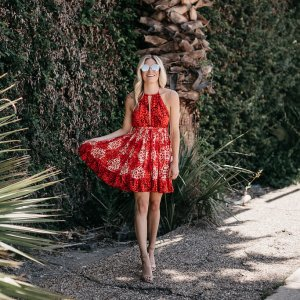 FESTIVE FOURTH OF JULY OUTFITS | One Small Blonde