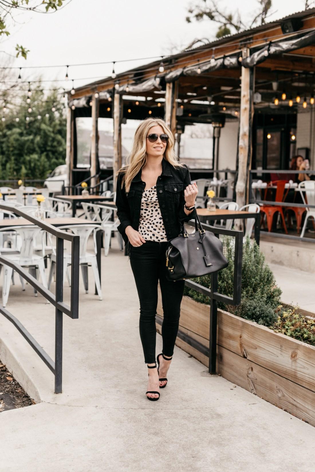the best skinny jeans - black denim