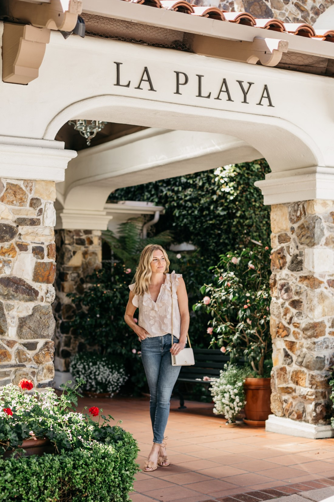 Carmel By The Sea - WHERE TO STAY | One Small Blonde