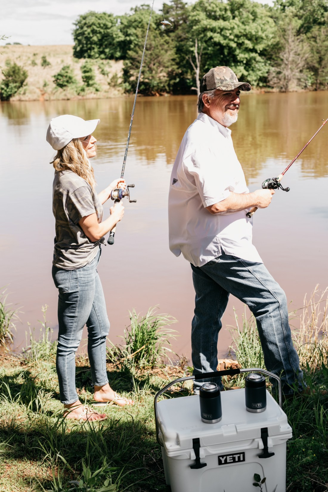 FATHER'S DAY GIFTS - Yeti cooler and can holders