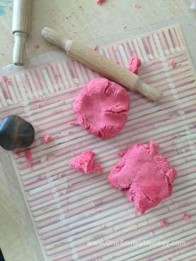 Home Made Playdough (play-doh) recipe